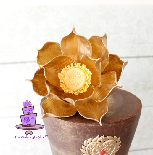 Violet - EIF - closeup gold lotus - twmpm