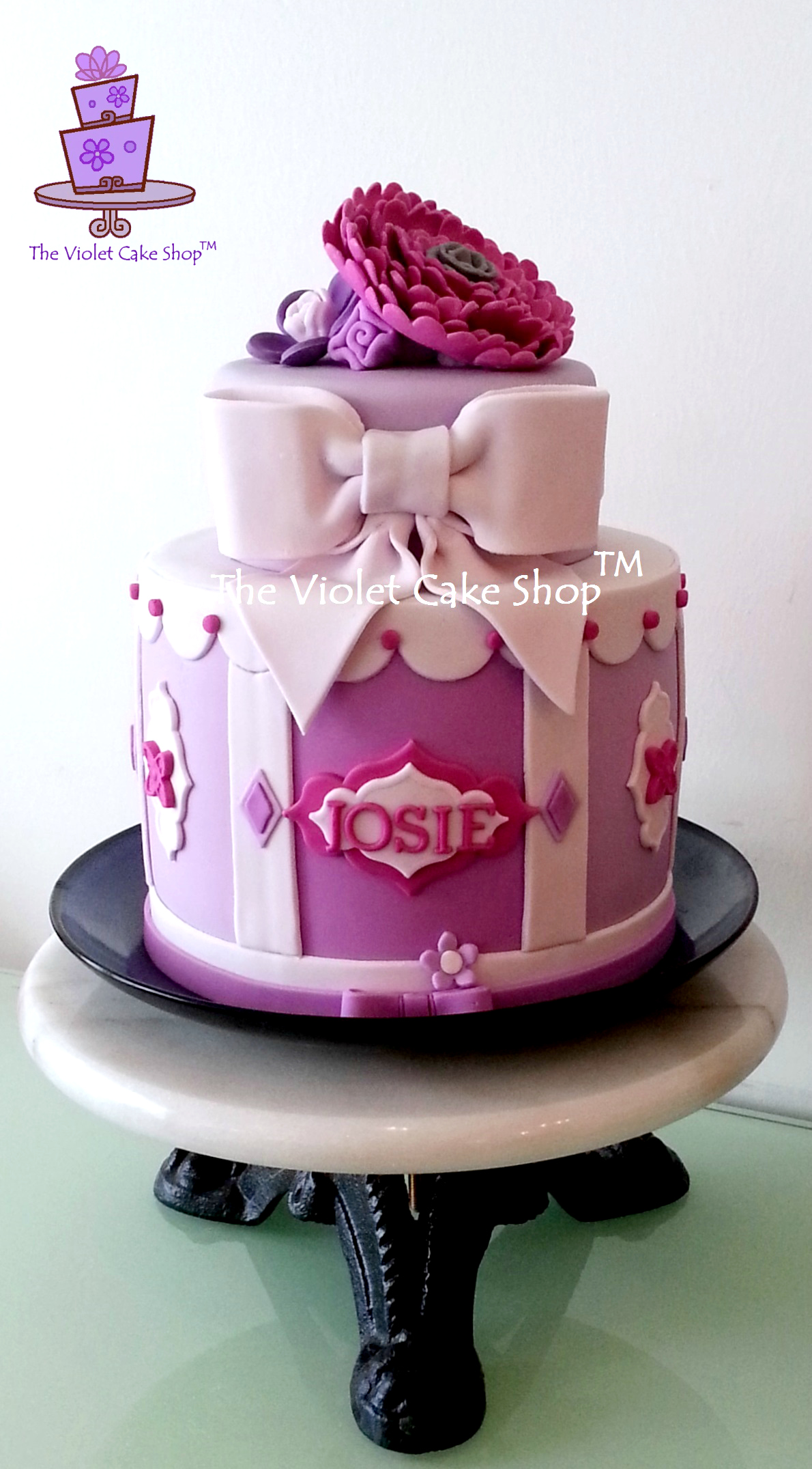 Simple Way to Prevent Purple Fondant from Turning Blue The Violet